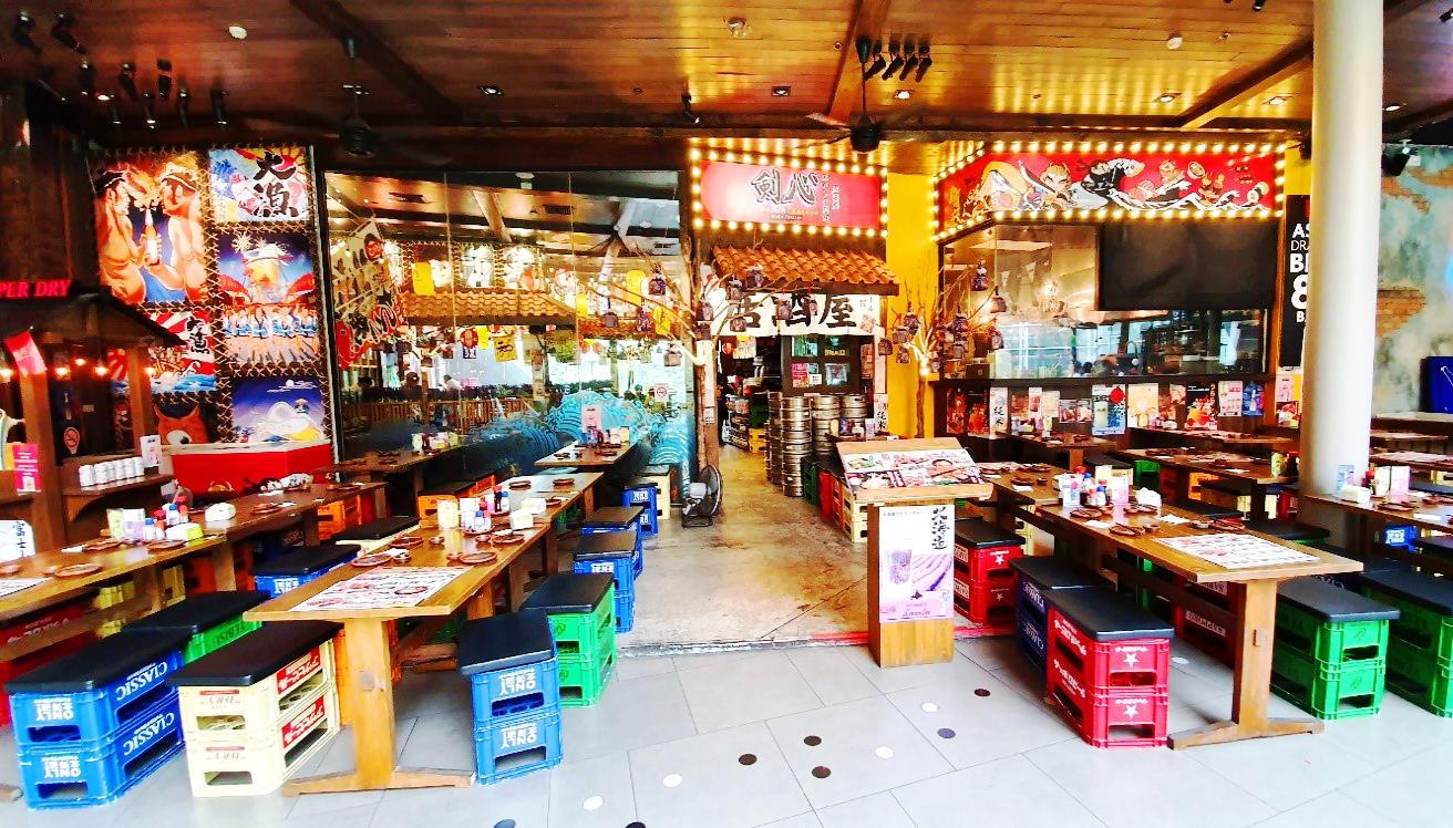 タイ人経営でタイ人に人気の日本風居酒屋